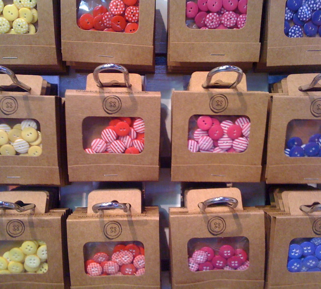 Buttons in Display Packs