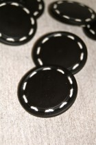 04-55552A 60L Black Stitch Button