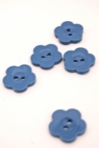 32L Periwinkle Flower Button