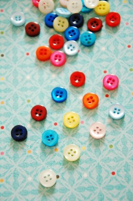 Coloured Pearly Shirt Buttons x 10
