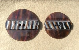 16-0508 Tortoiseshell Effect Coat Button