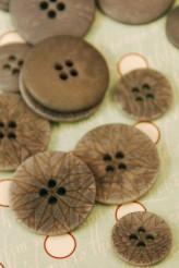 63-30961 Corozo nut etched button