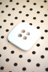 32-8001 54L Square Button