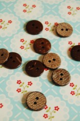 63-39751 24L Coconut Button