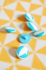 Blue Bouncy Ball Novelty Button 24L