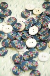 63-A5231 24L Printed River Pearl Buttons