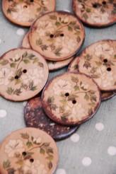 63-A5531 64L Printed Coconut Button