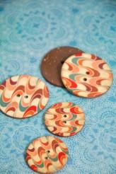 70-1050A Coconut Swirl Button