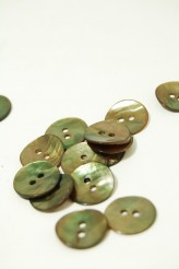 24L Agoya Shell Button Olive