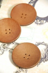 5cm Leather Button