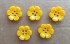 40-12934 24L  Sunshine Yellow Flower Button x 1