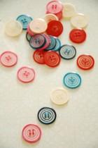 63-76561 24L Button Swirl Button  x 1