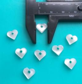 15-4155  Single hole tiny white pearl heart x 12