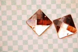 Sew On Acrylic Faceted Gem - Peach - 25mm x 1
