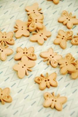 27-E2373 Wooden Butterfly  Buttons