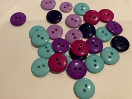 Mixed Colour Pack of 50 Smartie Buttons  24L  SPECIAL PRICE