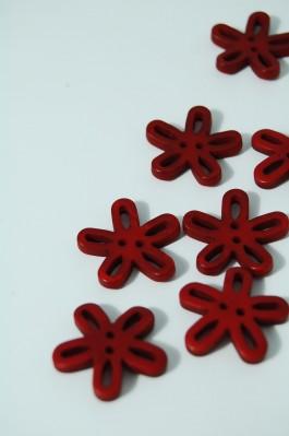 40-50761 36L Burgundy Loopy Flower Button x 1