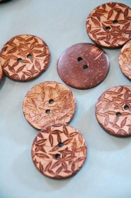 63-79461 48L Lasered Coconut Button