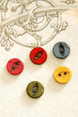 63-98661 18L Coconut Shirt Button x 1