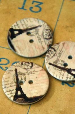 63-A4381 48L Paris Printed Coconut Button