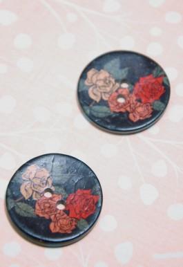 63-A9331 Coconut Floral Button 48L x 1