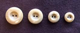 17-1031 Imitation Wood Button x 1 Retail
