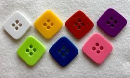 32-8001 54L Square Button x 1
