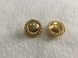 08-A882  Gold  Shank Button x 1