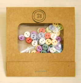 MB1126 Mini Round Button Matchbooks
