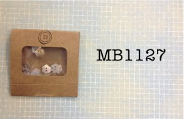 MB1127 - Agoya Shell Flower Buttons in a Matchbook