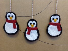 Three Penguins Decoration Kit 10-12 DAY DELIVERY