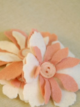 Felt Flower Corsage Kit :  OFFER PRICE