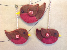 Three Fat Robins Decoration Kit 10-12 DAY DELIVERY