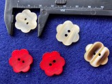 03-2123  Flower Button 28L x 1