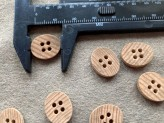 03-2128 Oval Wooden Button x 5