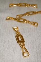 04-V2183 Gold Trim