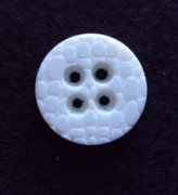 17-1057 White 4 hole button x 1