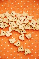 27-E2368 12mm Wooden Teddybear Buttons  x 5 VERY LIMITED STOCK