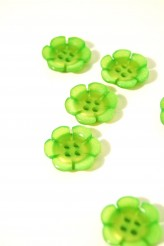 40-12933 28L Lime Flower Button