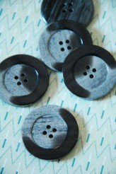 40-23044 60L Grey Coat Button