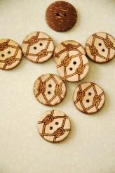 63-01561 Coconut Sailor Knot Button