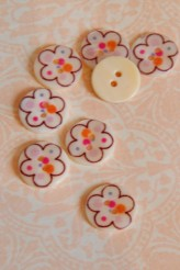 Doodle Flower Printed River Shell Button x 1