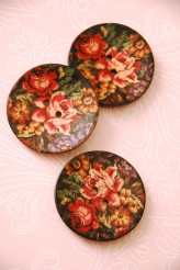 63-A9241 64L Embroidery Printed Coconut Button x 1
