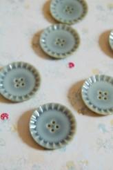 63-S2342 36L Imitation Ceramic Button Green
