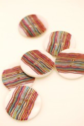 25mm Stripy Printed River Pearl Button x 1