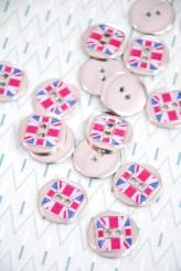 80-A1919 32L Union Jack Button - metal and enamel