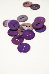 24L Agoya Shell Button Purple